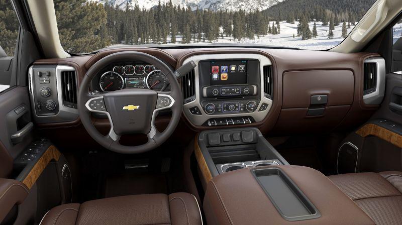 Luxus: der Innenraum sieht sehr modern aus. Ob er auch harten Offroadeinsatz verkraftet?