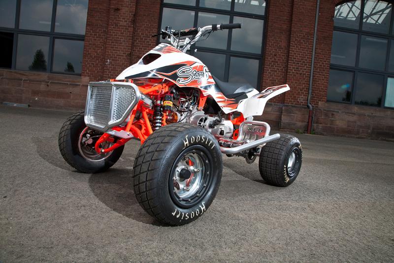 Alles ist möglich: Die APEX-Quads bieten eine gute Basis für das Tuning und seriöse Rennfahrzeuge.