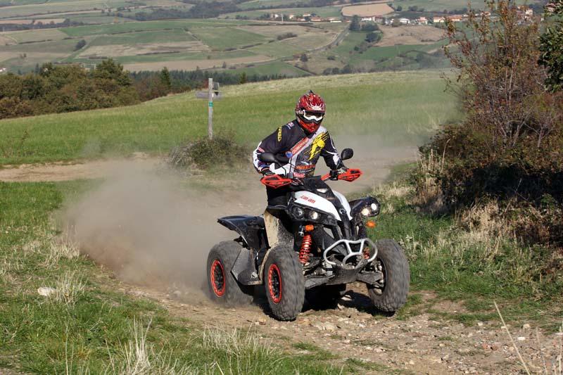"""Zügig voran: Das Sport-ATV lässt sich beinahe """"quadmäßig"""" bewegen."""