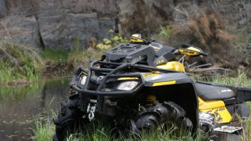 Outlander 800 Mud Racer
