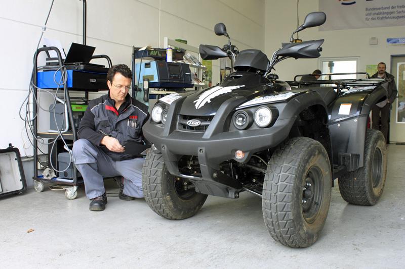 Neben der Sicherheit ein guter Grund für die HU: Das Fahrzeug wird gründlich und unabhängig durchgecheckt.