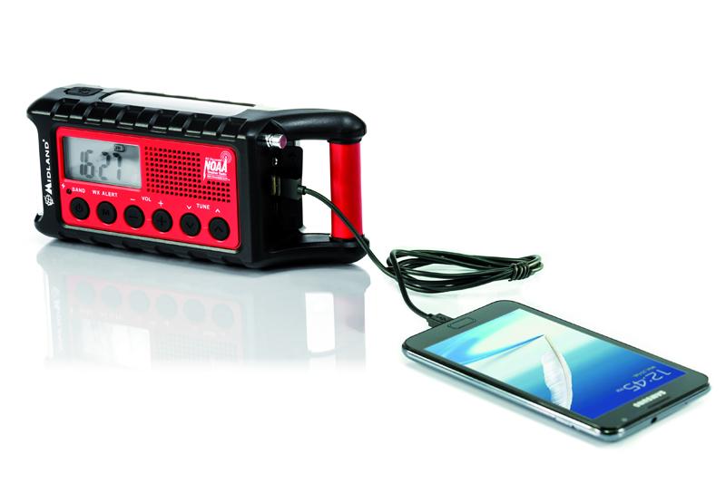 Im Fachhandel erhältlich: Radio und Energiequelle.