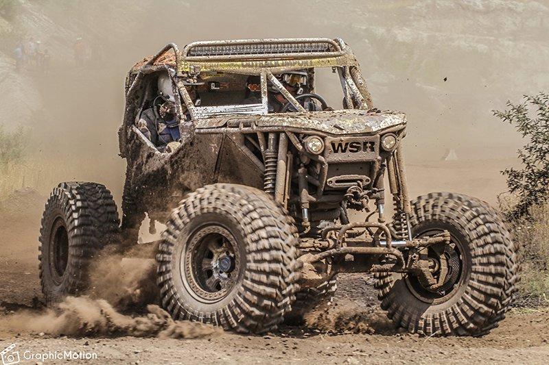 Auch am Start: Rallye-Fahrzeuge mit Spezialfahrwerken und aufbauten.