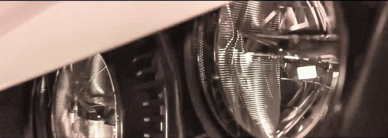 Böse: die Scheinwerfer erinnern als den Wolverine-R