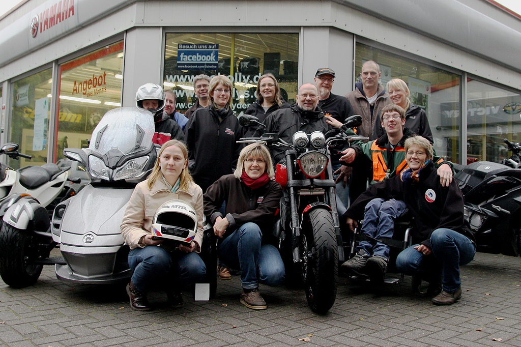 pressefoto-motorradtour - Spendenübergabe